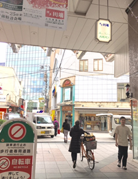 3.商店街出口まで歩きます